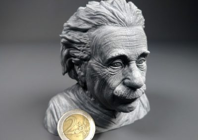 Einstein-Stratomaker